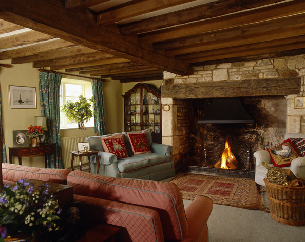 Arredamento per il salotto stile country fotogallery for Art e decoration rivista
