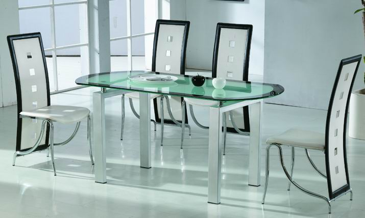 https://fotogallery.donnaclick.it/images/2015/03/Dining-Glass-Table-SA-5220-SB-530-.jpg