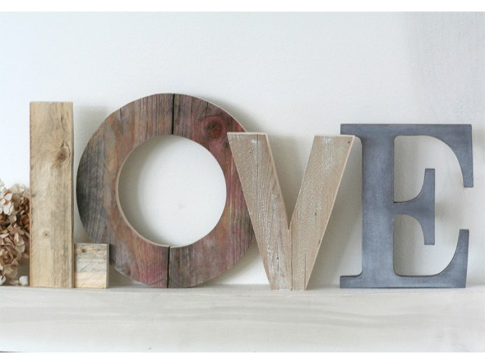 Decorare con il lettering fotogallery donnaclick for Scritta home in legno